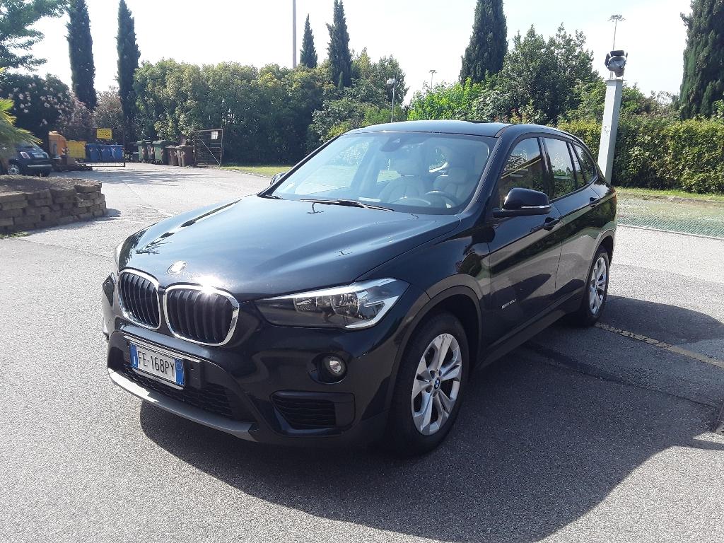 BMW X1            (F48) X1 sDrive18d Advantage - 1