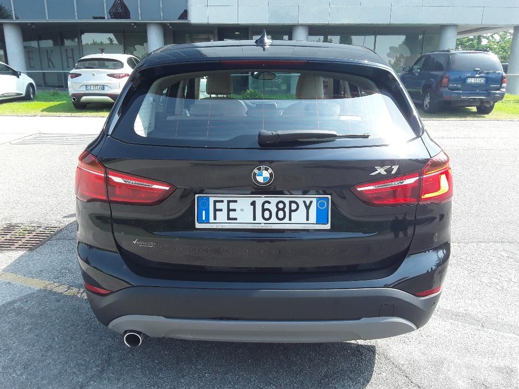 BMW X1            (F48) X1 sDrive18d Advantage - 3