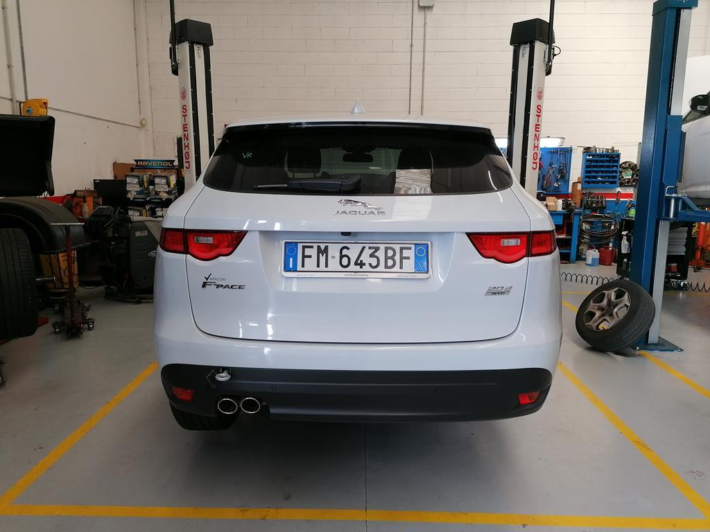 JAGUAR F-Pace       (X761) F-Pace 2.0 D 180 CV AWD aut. R-Sport - 3