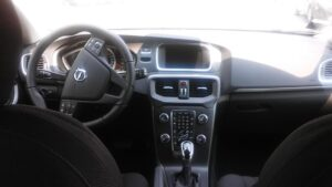 VOLVO V40 (2012-2020) V40 D2 Geartronic Business - 2