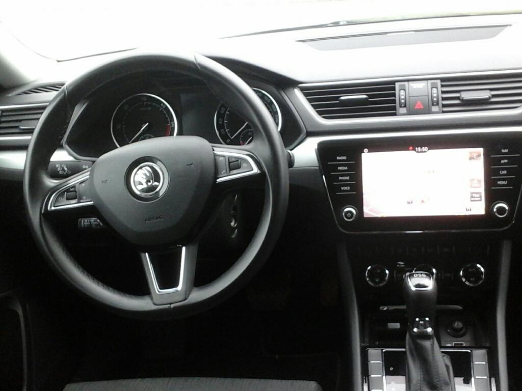 SKODA Superb 3ª serie Superb 2.0 TDI DSG Wagon Executive - 2