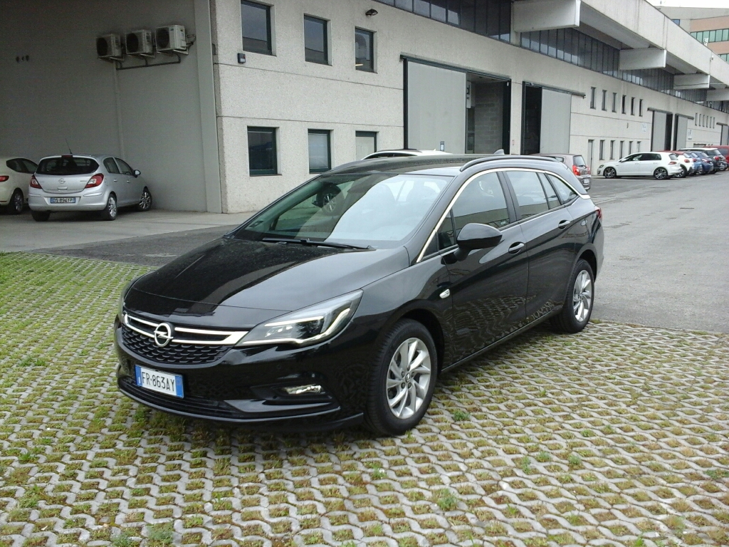 OPEL Astra 5ª serie Astra 1.6 CDTi 136CV aut. Sports Tourer Business - 1